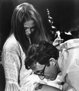 "Leigh Taylor-Young and Peter Sellers in ""I Love You, Alice B. Toklas!"" 1968 Warner Brothers ** I.V. - Image 24287_0202"