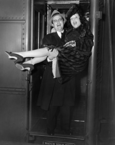 Newlyweds Ethel Merman and William Smith 1940** I.V. - Image 24287_0261