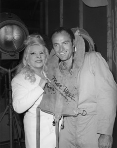 """Mae West and Kevin Dobson on the set of """"Midway""""1976 Universal** B.D.M. - Image 24293_0017"""
