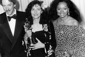 "Donald Sutherland, Mary Steenburgen and Diana Ross at ""The 53rd Annual Academy Awards""March 31, 1981** B.D.M. - Image 24293_0105"