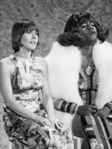 "Helen Reddy and Flip Wilson on ""Flip""1973 ** B.D.M. - Image 24293_0151"