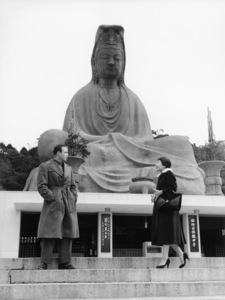 "Marlon Brando and Miyoshi Umeki sightseeing while on location for ""Sayonara""1957 Warner Brothers** B.D.M. - Image 24293_0210"