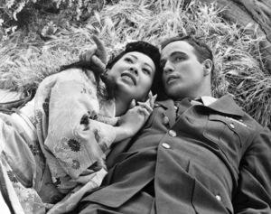 "Miko Taka and Marlon Brando in ""Sayonara""1957 Warner BrothersPhoto by Floyd McCarty** B.D.M. - Image 24293_0212"
