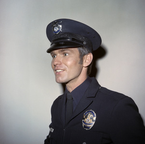 """Kent McCord in """"Adam-12""""circa 1970 ** B.D.M. - Image 24293_0254"""