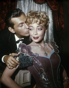 "Jack Kelly and Marie Windsor in ""Maverick"" (Episode: ""Epitaph for a Gambler"")1962** B.D.M. - Image 24293_0291"