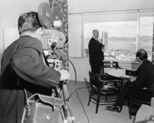 """Alfred Hitchcock in San Francisco promoting """"The Birds""""1963 Universal** B.D.M. - Image 24293_0322"""