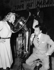 "Doris Day and Frank Sinatra on ""Your Hit Parade"" radio show1947** B.D.M. - Image 24293_0341"
