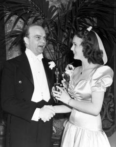 Edgar Bergen presents Deanna Durbin the Academy Juvenile Award 1939** B.D.M. - Image 24293_0348