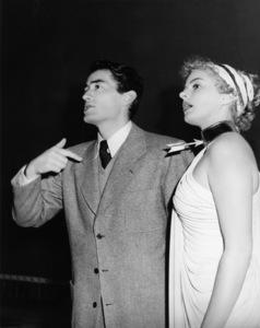 "Gregory Peck and Ingrid Bergman in ""Spellbound""1945 UA** B.D.M. - Image 24293_0432"