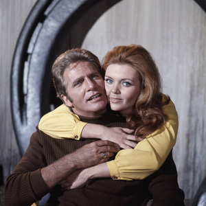 """Don Matheson and Deanna Lund in """"Land of the Giants""""circa 1970** I.V. - Image 24293_0530"""