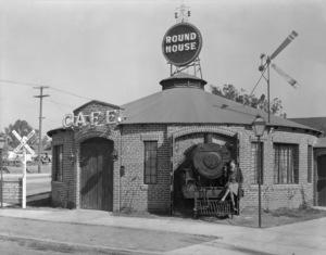 Los Angeles Landmarks (Round House Restaurant)circa 1920s** I.V. / M.T. - Image 24293_0584