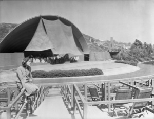 Los Angeles Landmarks (Hollywood Bowl)circa 1920s** I.V. / M.T. - Image 24293_0586