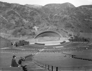Los Angeles Landmarks (Hollywood Bowl)circa 1920s** I.V. / M.T. - Image 24293_0587