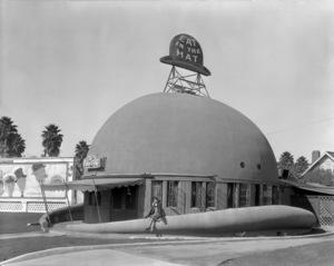 Los Angeles Landmarks (Brown Derby)circa 1920s** I.V. / M.T. - Image 24293_0588