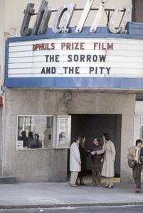 """""""Annie Hall""""Walter Bernstein, Diane Keaton, Woody Allen, Sigourney Weaver1977 United Artists** B.D.M. - Image 24293_0670"""