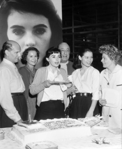 """Joseph Schildkraut, Gusti Huber, Millie Perkins, Ed Wynn, Diane Baker and Shelley Winters celebrated the 20th birthday of Millie Perkins on the set of """"The Diary of Anne Frank""""1959 20th Century-Fox** B.D.M. - Image 24293_0693"""