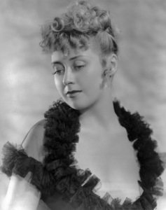 "Joan Blondell in ""Gold Diggers in Paris""1938 Warner Bros.** B.D.M. - Image 24293_0709"
