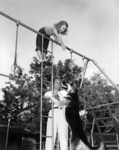 Virginia Holden and William Holden and their dog Duke1946** B.D.M. - Image 24293_0860