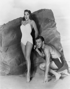 """Creature from the Black Lagoon""Julie Adams, Richard Carlson1954 Universal** B.D.M. - Image 24293_0921"