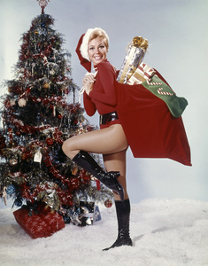 """Mitzi Gaynor in """"The Kraft Music Hall Presents: The Mitzi Gaynor Christmas Show""""1967Photo by Herb Ball** B.D.M. - Image 24293_0994"""