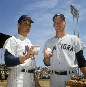 Mets vs. Yankees, St. Petersburg, FloridaTom Seaver, Mel StottlemyreMarch 24, 1970Photo by Patrick Carroll** B.D.M. - Image 24293_1065