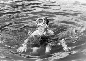 "Luke Halpin in ""Flipper""1963 MGM** B.D.M. - Image 24293_1070"
