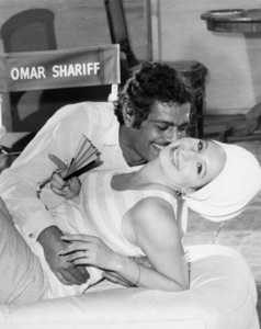 """Omar Sharif and Barbra Streisand in rehearsals for """"Funny Girl""""1968 Columbia** B.D.M. - Image 24293_1183"""