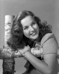 Deanna Durbincirca 1941** B.D.M. - Image 24293_1284