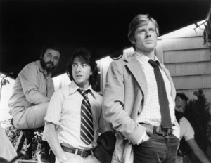 """Director Alan J. Pakula, Dustin Hoffman and Robert Redford on the set of """"All the President"""