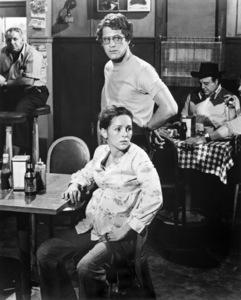 """Ben Murphy and Bonnie Bedelia in """"Heatwave!""""1974** B.D.M. - Image 24293_1446"""