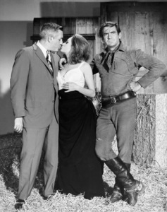 "Luciana Paluzzi and Rod Taylor taken on the set of ""Chuka""1967 Paramount** B.D.M. - Image 24293_1498"