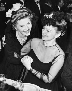 Joan Fontaine and Olivia de Havilland1942Photo by Bob Beerman** B.D.M. - Image 24293_1505