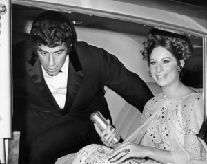 """Elliott Gould and Barbra Streisand arriving at the New York premiere of """"Funny Girl"""" at the Criterion TheatreSeptember 18, 1968** B.D.M. - Image 24293_1531"""
