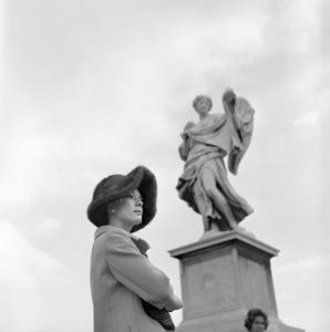 Inger Stevens at Castel Sant
