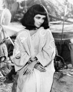"Elizabeth Taylor in ""Cleopatra""1963 20th Century-Fox** B.D.M. - Image 24293_1704"