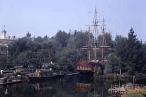 Disneyland in Anaheim, California1967** B.D.M. - Image 24293_1709