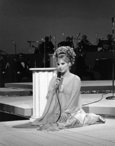 Barbra Streisand in concert at the International Hotel, Las Vegas1969** B.D.M. - Image 24293_1753