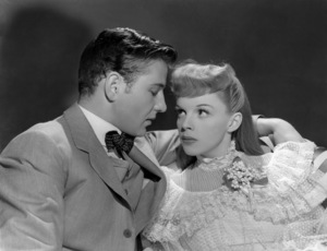 """Tom Drake and Judy Garland in """"Meet Me in St. Louis""""1944 MGM** B.D.M. - Image 24293_1760"""