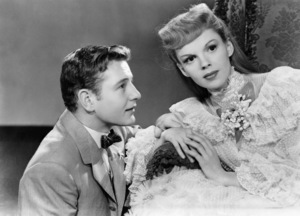 """Tom Drake and Judy Garland in """"Meet Me in St. Louis""""1944 MGM** B.D.M. - Image 24293_1761"""