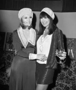 Faye Dunaway and Theadora Van Runklecirca 1967** B.D.M. - Image 24293_1825