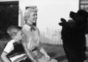 Terry Melcher and Doris Day and their dog Smudgiecirca 1952** B.D.M. - Image 24293_1836