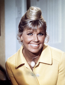 "Doris Day in ""The Doris Day Show""circa 1970** B.D.M. - Image 24293_1857"