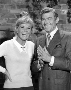 """Doris Day and Andy Griffith in """"The Doris Day Show"""" 1972** B.D.M. - Image 24293_1858"""