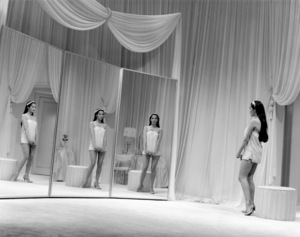 """Nancy Kwan in """"Flower Drum Song""""1961 Universal** B.D.M. - Image 24293_1872"""