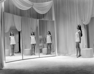 """Nancy Kwan in """"Flower Drum Song""""1961 Universal** B.D.M. - Image 24293_1874"""