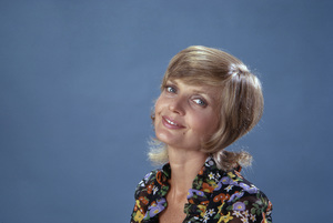 """Florence Henderson in """"The Brady Bunch""""1971** B.D.M. - Image 24293_1997"""