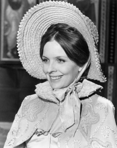 """Diane Keaton in """"Love and Death""""1975 United Artists** B.D.M. - Image 24293_2027"""