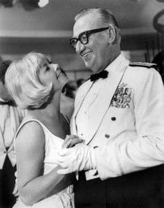 """Doris Day and Edward Andrews in """"The Glass Bottom Boat""""1966 MGM** B.D.M. - Image 24293_2129"""