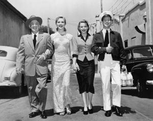 Jimmy Durante, Joyce Holden, Piper Laurie and Donald O