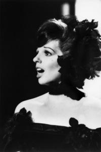 """Liza Minnelli in """"New York, New York""""1977 United Artists** B.D.M. - Image 24293_2174"""